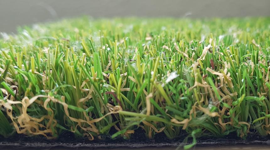 Instalar césped artificial en tu jardín: