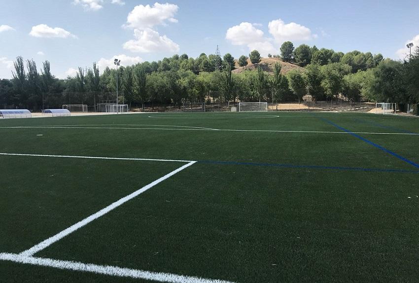 Nuevo campo de fútbol con césped artificial COMPOGRASS en Valdemoro (Madrid)