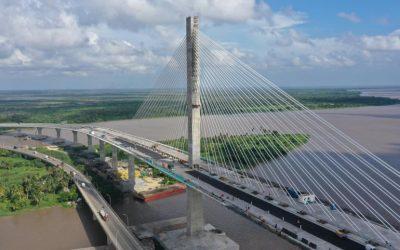 Sistema Compotop Bitufibra en el puente de Pumarejo (Barranquilla, Colombia)