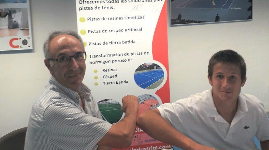 Tennislife apuesta por Miguel Avendaño