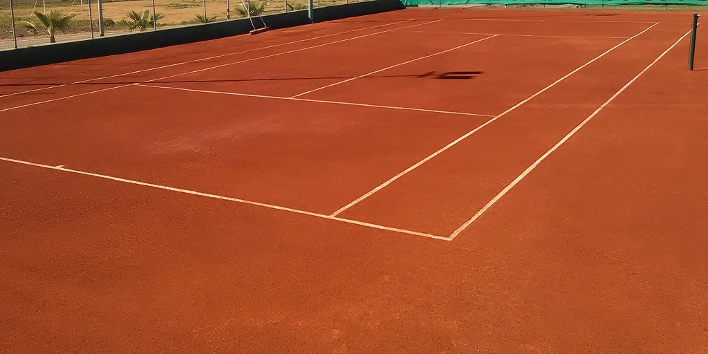 Fabricante de pavimentos para pistas de tenis   COMPOSAN