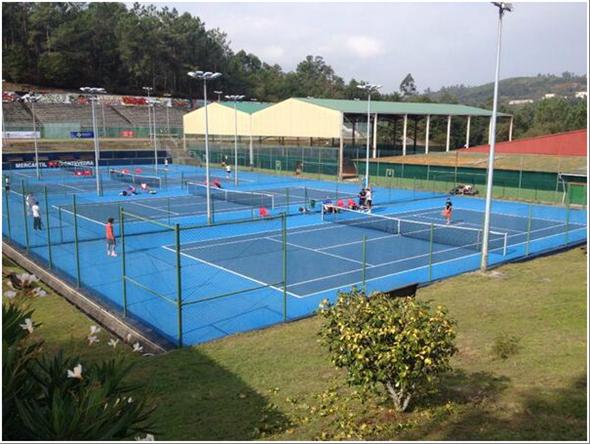 Composan presente en el campeonato absoluto de tenis de Galicia